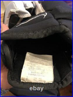 Nike Ice Hockey Gloves Black & White Senior Size L 13