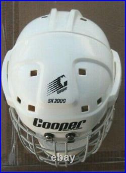 VINTAGE COOPER SK2000 SENIOR ADULT HOCKEY HELMET WHITE Large With HM50M Cage
